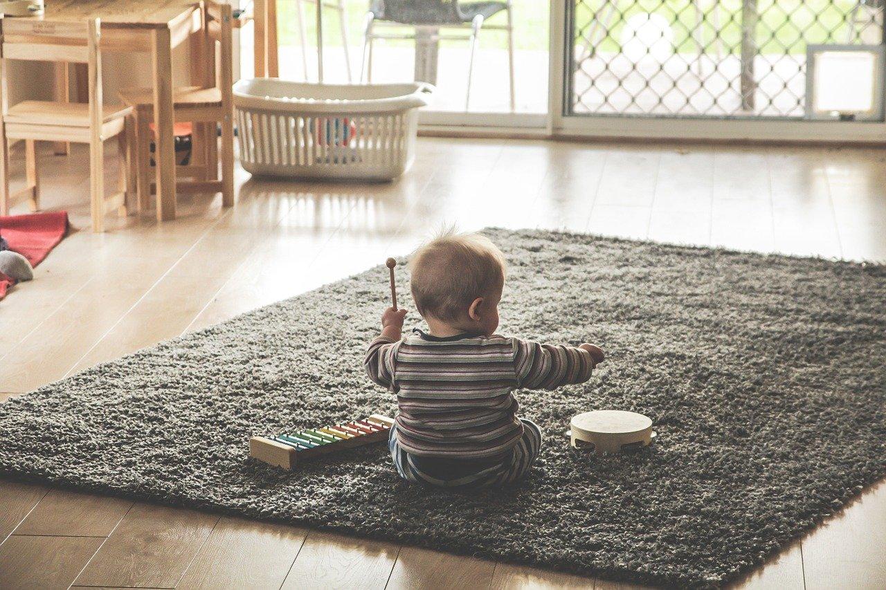 元保育士ママがおすすめする!0歳児の知育玩具15選!