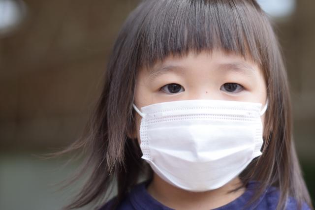 子ども用冷感マスクおすすめ10選!ひんやりクールな夏用冷感マスクで涼しくお出かけ!